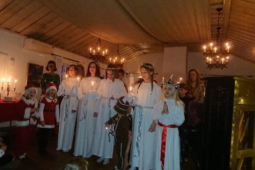 Julens sånger samlade duvnäsbor i alla åldrar